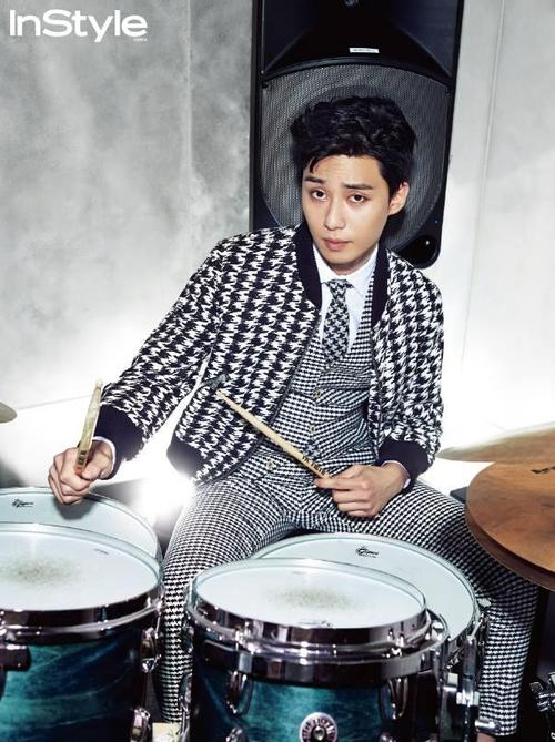 Fan-girl Ramblings #22 – Guy Candy: Park Seo Joon | Black Sesame